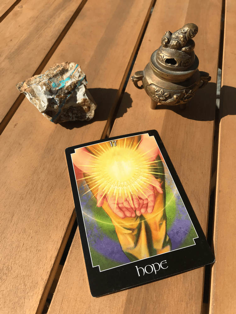 Monday Motivation: Weekly Tarotscope for Jan. 27 with Travis Taylor